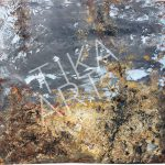 TiKa ART Metall-Unikat Acrylfarbe in Grau Ocker Spachtel Used Character Rost